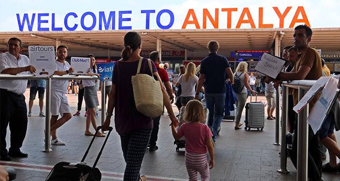 Antalya'ya 1 Ocak'tan itibaren gelen turist sayısı 1 milyon 316 bin oldu