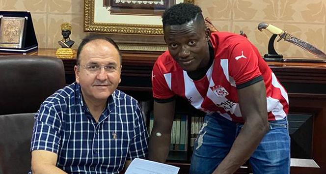 Casimir Ninga resmen Sivasspor'da