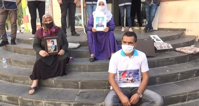 Evlat nöbetindeki ailelerden Hatay'da orman yakan PKK'ya sert tepki